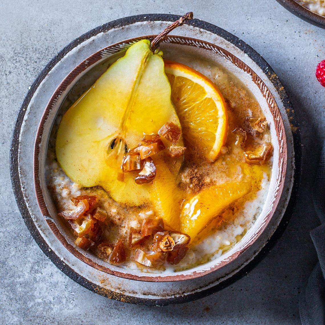 Pear, orange 'n date bowl